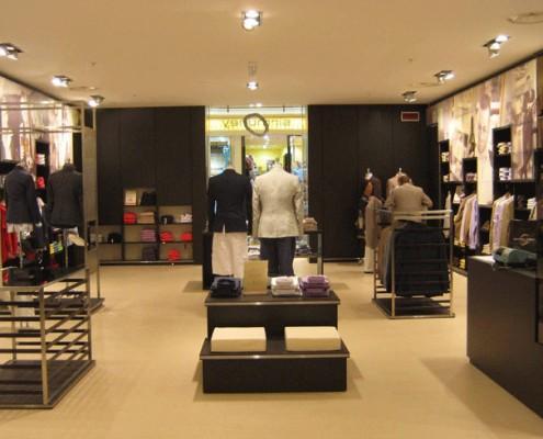 Sirmoney Abbigliamento - Allestimento Punto Vendita Roma interno 5